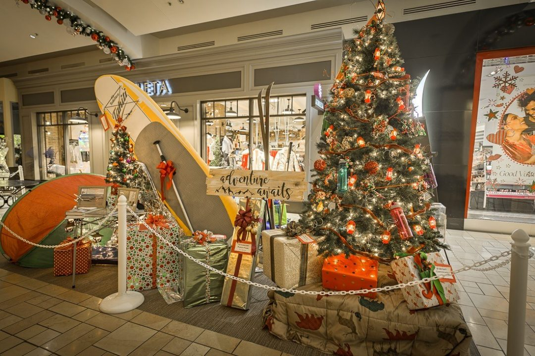 Davenport Christmas Tree Elegance 2020 River Park Square | Christmas Tree Elegance